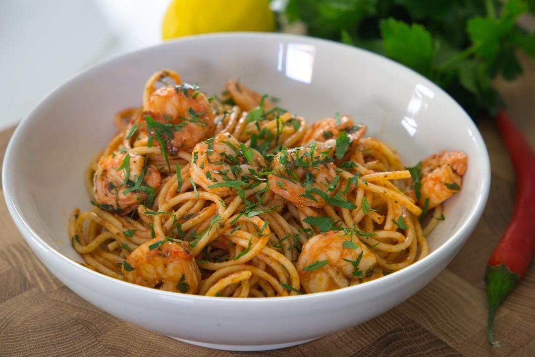 Spaghetti mit Knobi und Garnelen